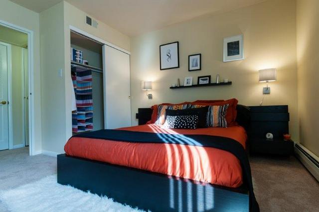 TheMetropolitanWestChester-Master-Bedroom-1.jpg