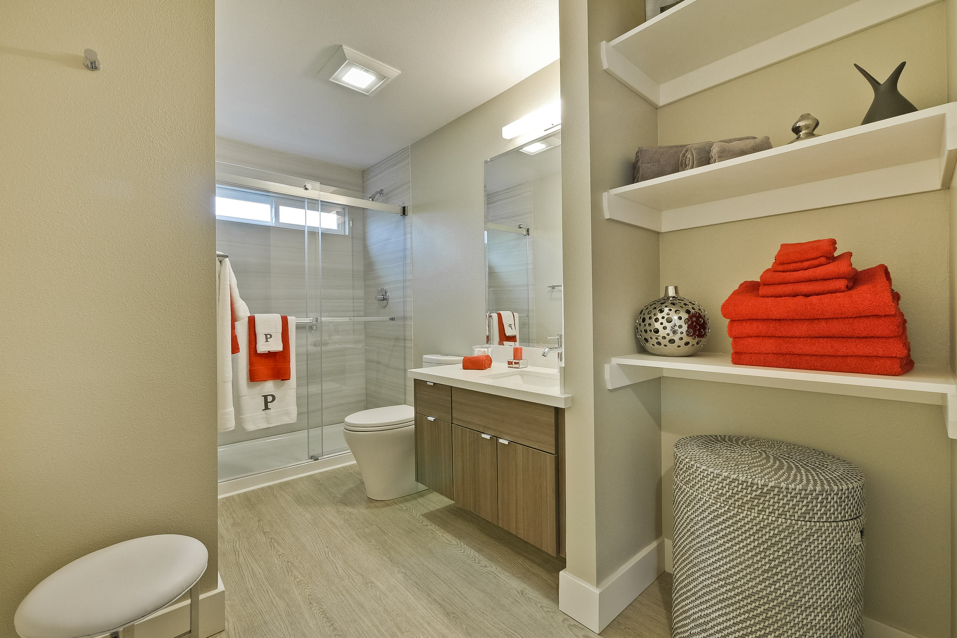 Bathroom      1 - Copy.jpg